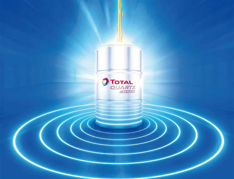 TOTAL pioneers the electric vehicle fluids market with its EV Fluids product series