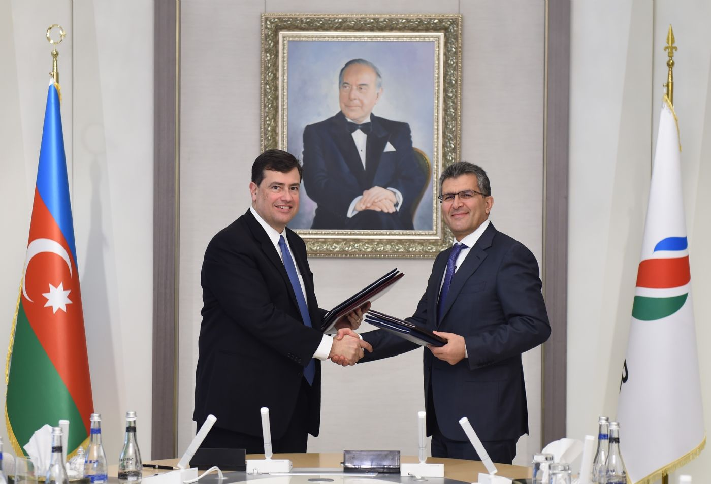 SOCAR and BP explore the creation of a new petrochemicals joint venture